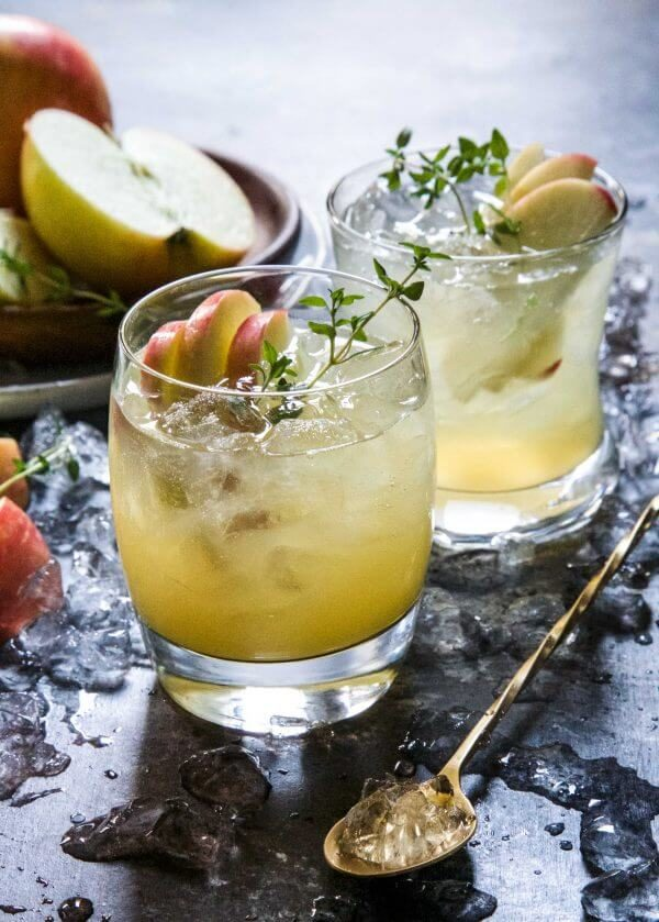 10 Festive Thanksgiving Cocktail Recipes
